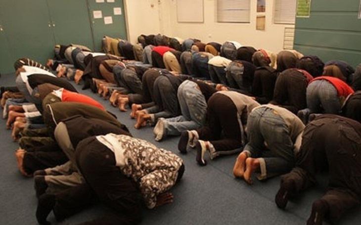 VIDEO: Exmuslim zavolal do rádia: Islám nemůžeme reformovat, jen vyhladit. Je to rakovina