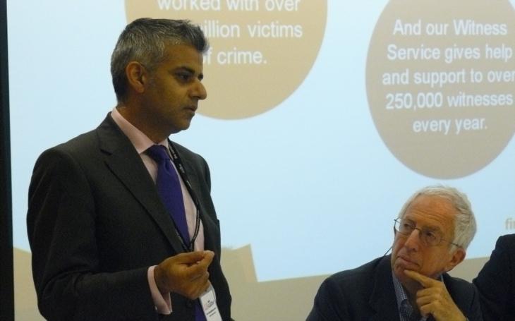 Starosta Londýna Khan to pro CNN 4x zopakoval: Jsme nejbezpečnější město světa