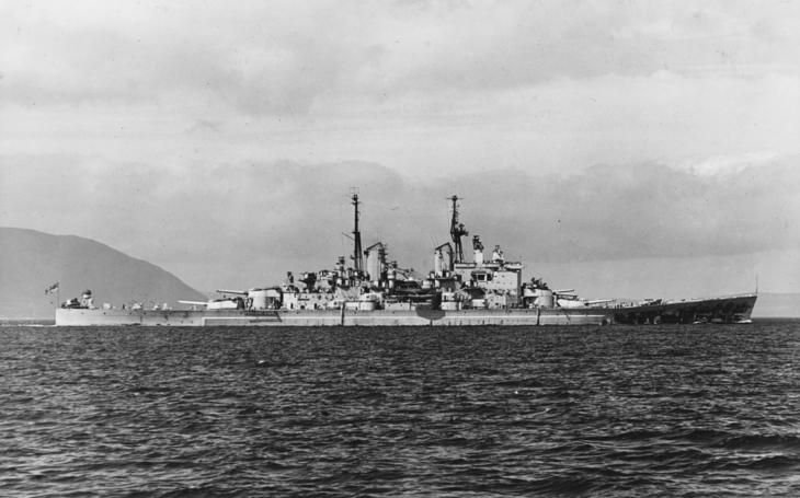 Video: Konec poslední bitevní lodi HMS Vanguard