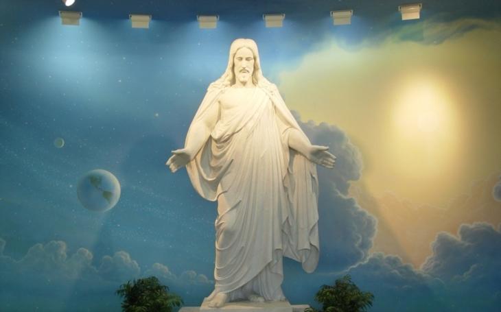 Ježíš nebyl ukřižován, řekla muslimská profesorka. Reakce školy studenty šokovala