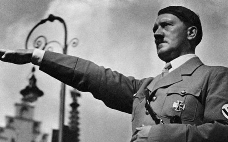 Operace Foxley a Iron Cross - neznámé plány předchůdců CIA zabít Hitlera