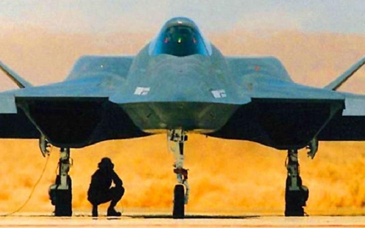 YF-23 Black Widow II: Nejlepší stíhač, který nikdy na obloze neuvidíte