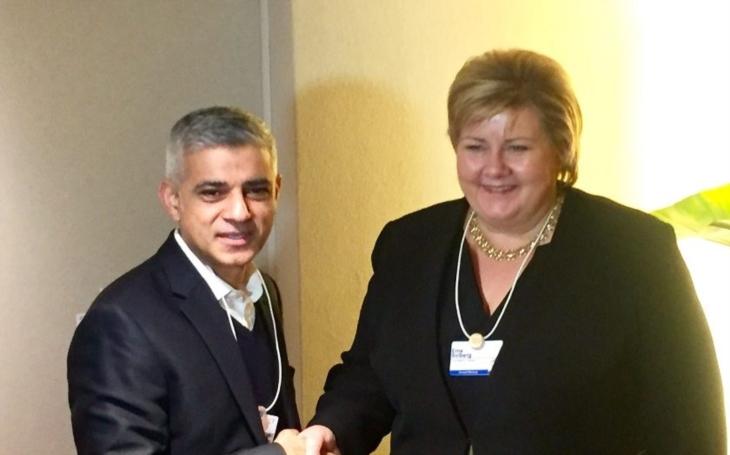 Britové mají, co chtěli. Muslimský starosta Londýna odhalil po teroristickém útoku svou pravou tvář