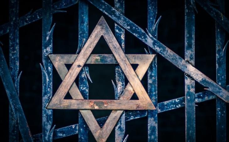 Muslimové v USA mohou čelit podobnému pronásledování jako Židé za války, řekl ředitel islámského centra
