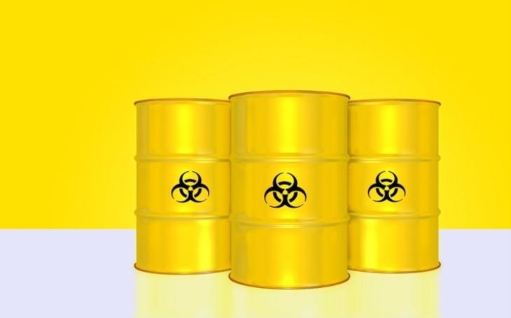 Asad má stále ,,stovky tun chemických zbraní&quote; k použití, řekl syrský generál