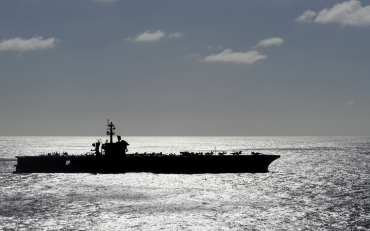 Rusové a Číňani sledují americký námořní svaz u Koreje