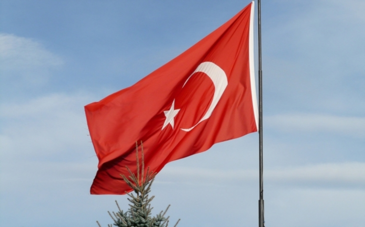 Turecká vláda prodloužila výjimečný stav v zemi o tři měsíce
