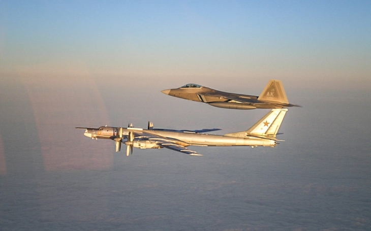 Ruské bombardéry se dvakrát přiblížily k Aljašce