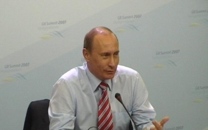 Reuters: Ústav spojený s Putinem naplánoval ovlivnění voleb v USA