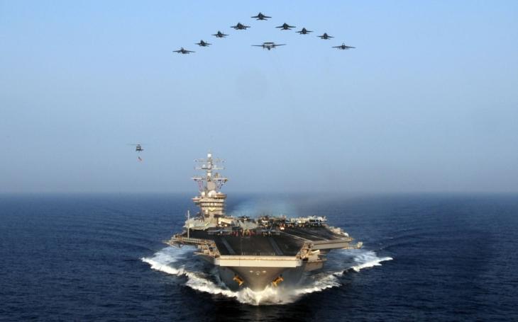 NI: Jednoduchý důvod, proč jsou americké letadlové lodě tak silné