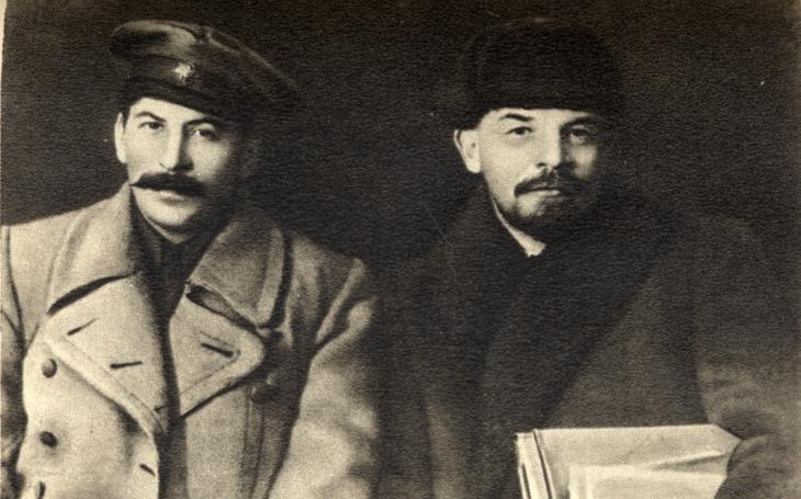 56 procent Rusů se staví kladně k Leninovi
