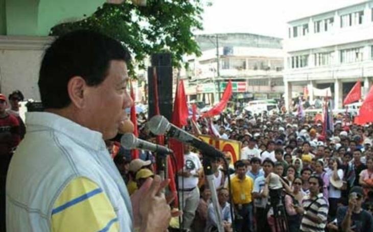 Budu padesátkrát brutálnější než islamističtí teroristé, varuje filipínský prezident Duterte