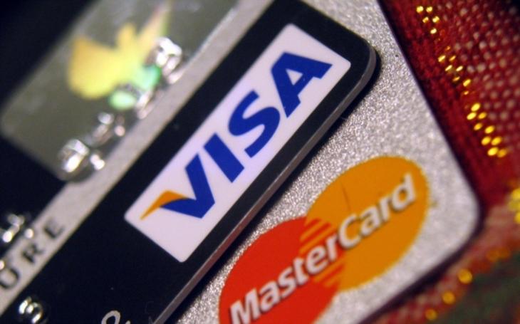 Zneužití kreditní platební karty zaměstnavatele ve prospěch třetí osoby
