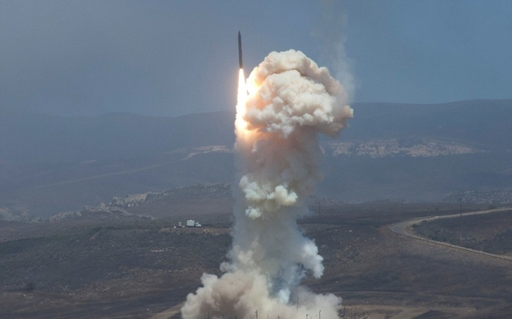 Ruské námořnictvo zaútočilo na IS střelami ze Středomoří