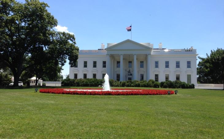 Politico: Bílý dům chystá exekutivní příkaz o vystoupení z NAFTA