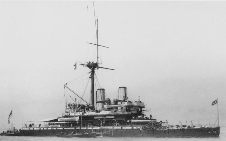 Royal Navy a její válečná loď budoucnosti - HMS Devastation z roku 1869