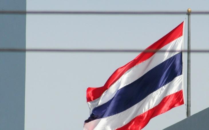 Prominentní obhájce lidských práv může dostat až 150 let vězení. Urazil thajského krále