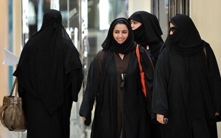 Revoluce v Saúdské Arábii? Ženy budou moci studovat a pracovat bez svolení muže