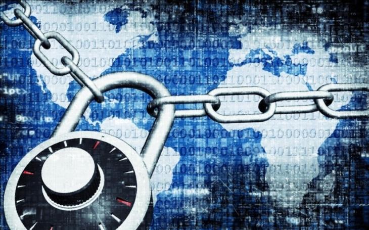 Hackeři napadli ukrajinské banky a podniky, i ruskou Rosněfť