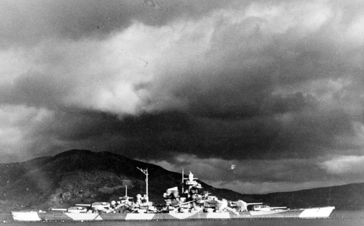 1. dubna 1939 sklouzla na vodu největší bitevní loď Evropy, legendární Tirpitz