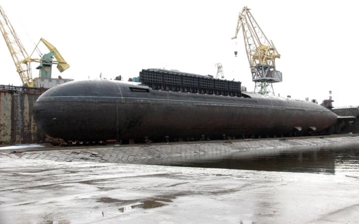 Rusko buduje gigantickou jadernou ponorku, větší než Typhoon z dob SSSR