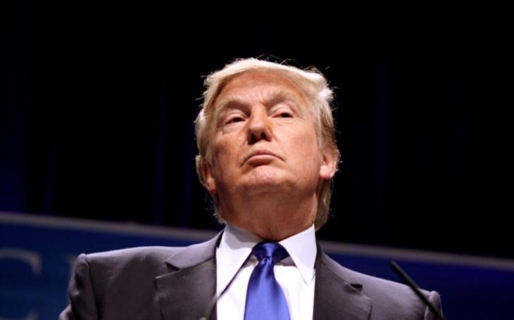 Smrt za smrt: Na hlavu amerického prezidenta je vypsána Íránem ,,rekordní&quote; odměna