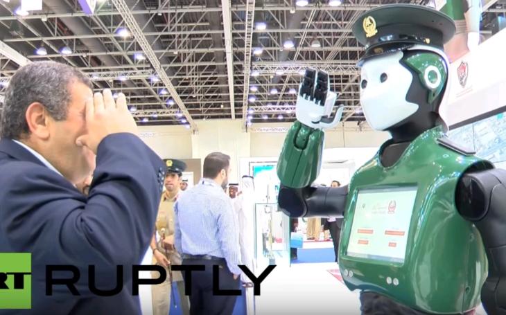 Prvý dubajský ''Robocop'' začína hliadkovať v uliciach