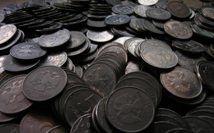 VIDEO: Ruští dobrodruzi objevili miliony rublů v opuštěném dole. Nic si ale za ně nekoupí