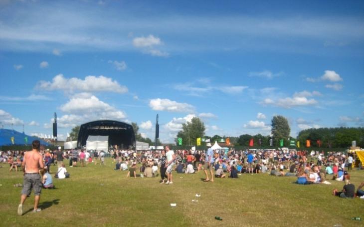 Kvůli teroristické hrozbě přerušen rockový festival v Německu. Přes 80 000 lidí bylo z místa evakuováno