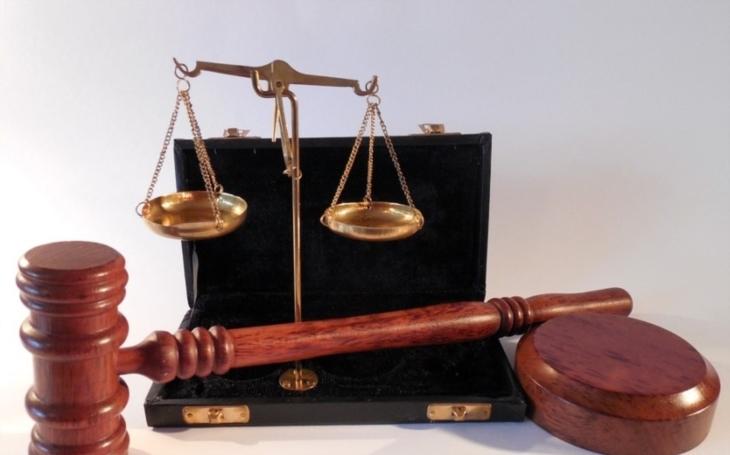Zeptejte se advokáta. Security magazín otevírá pro své čtenáře exkluzivní právní poradnu