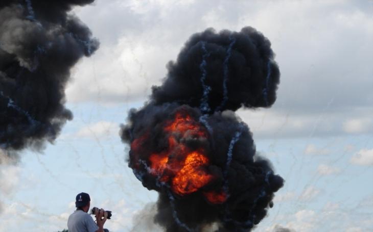 VIDEO: V krymském Sevastopolu zneškodnili tunovou bombu z druhé světové války. Výbuch byl ,,epický&quote;