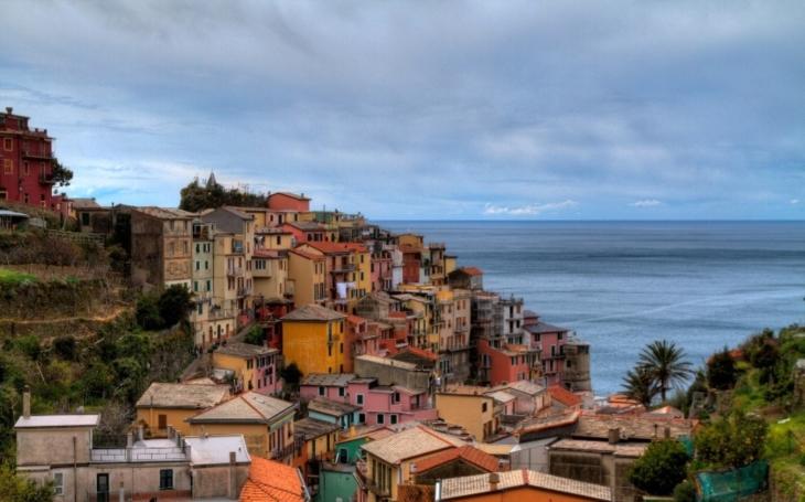 Italská vesnice zoufale hledá nové obyvatele. Zbyl v ní už pouze jeden