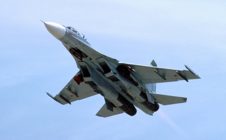 Napětí se přiostřuje. Ruská stíhačka a americký průzkumný letoun se dostaly do těsné blízkosti