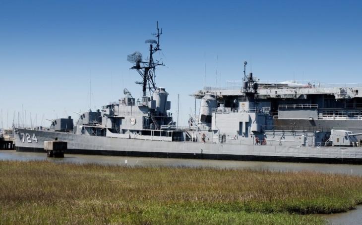Loď, která se neměla potopit. USS Laffey ,,přežila&quote; šest útoků kamikaze