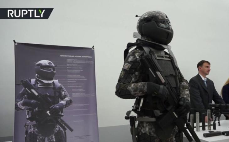 VIDEO: Ruská vojenská laboratoř představila bojový oblek jako z Hvězdných válek