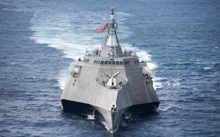 USS Coronado sa zúčastňuje spoločných cvičení s Filipínskym námorníctvom