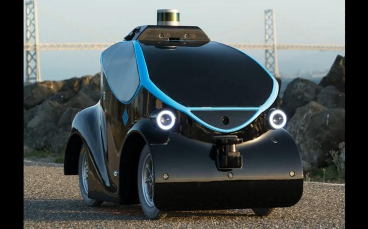 VIDEO: Dubajské robotické policisty v ulicích doprovodí i samořiditelný vůz velikosti hračky