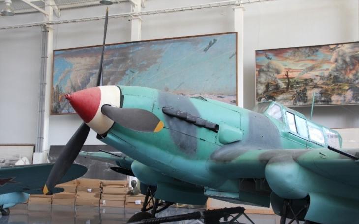VIDEO: Vyzvedávání Iljušinu IL-2 z moře