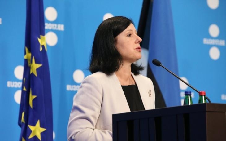 Rumunská vláda by podle Jourové měla reformu justice ještě zvážit