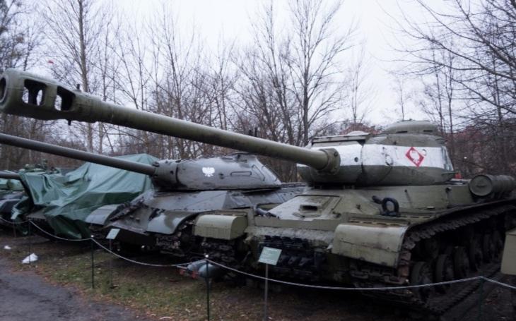 Třaskavý spor o historii. Rusko obvinilo Polsko, že mu zakázalo se podílet na renovaci muzea druhé světové války