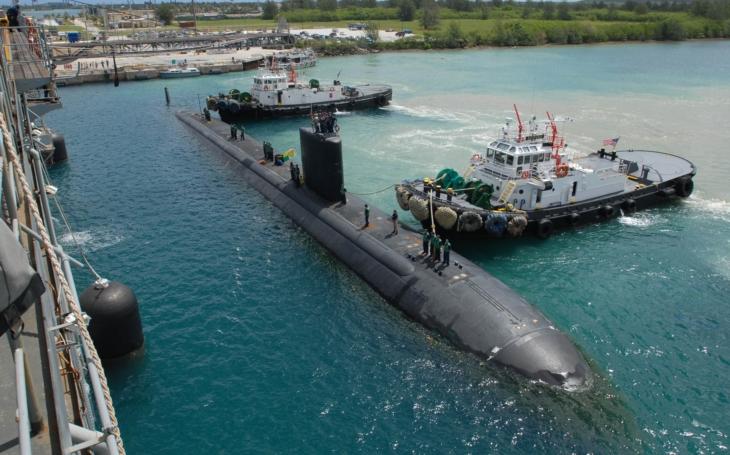 Na Guamu se šíří letáky s návodem na ochranu před raketami