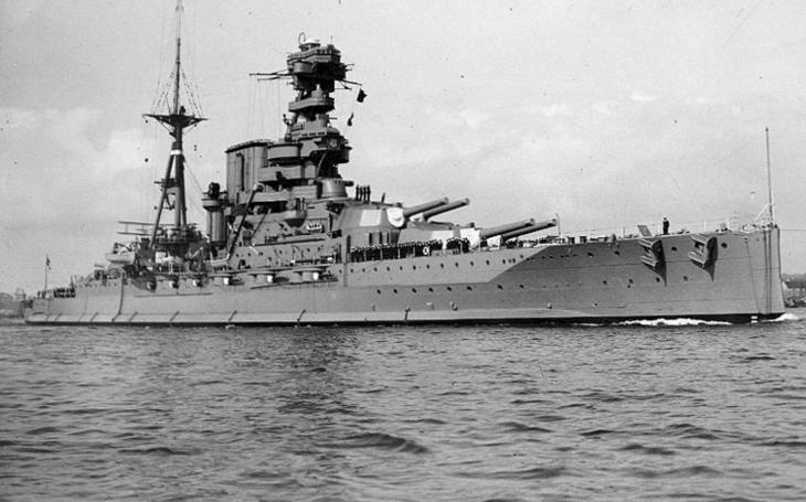 77 let od zkázy bitevní lodi HMS Barham - 862 mrtvých