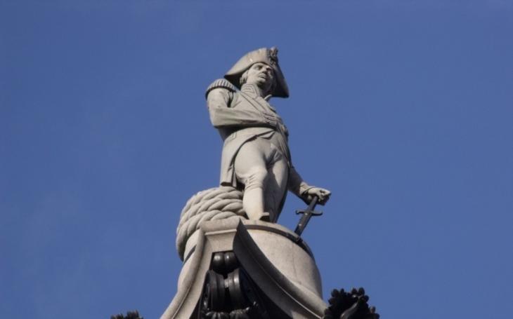 ,,Zničte Nelsonův sloup. A také Jeffersonovu a Masarykovu sochu!&quote; Bude se plivat na vlastní historii?