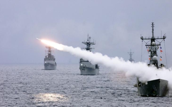 Britské námořnictvo testuje nový systém protivzdušné obrany proti supersonickým raketám