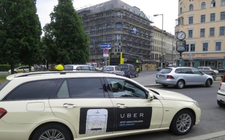 Uber chce, aby všechny jeho londýnské vozy byly do roku 2025 elektrické