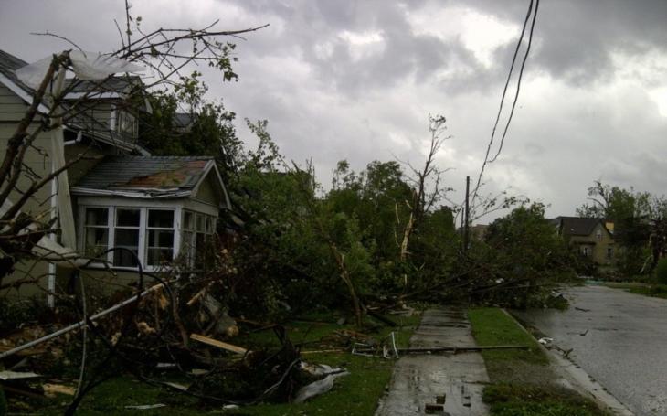 Na Floridě řádí hurikán Irma, provázejí ho tornáda a záplavy