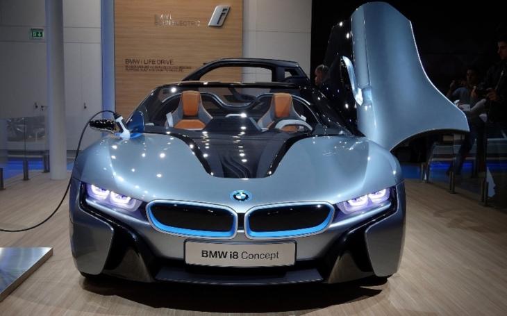 BMW nabídne 12 elektrických vozů do roku 2025