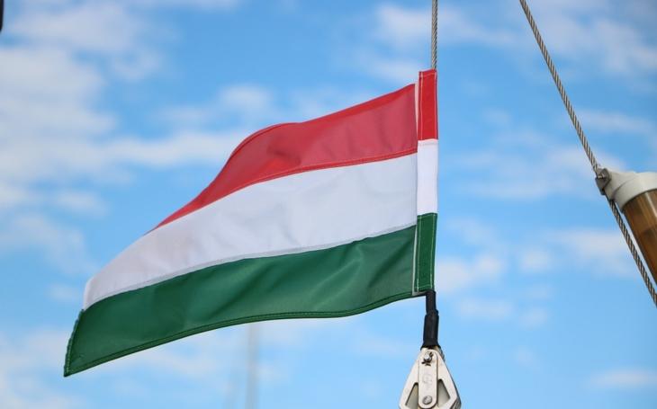 Szijjártó: Maďarsko se nezřekne své suverenity v EU
