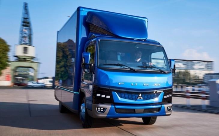 Elektrické nákladní vozy Fuso eCanter se řítí na New York