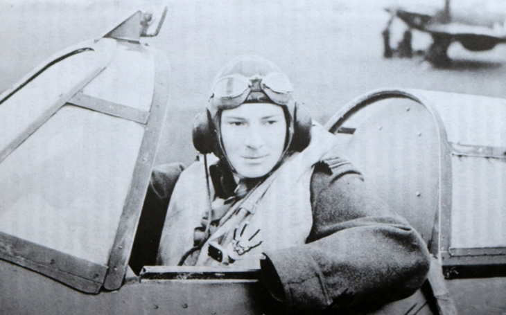 Britský ,,kapitán Hook&quote; byl postrachem německých bombardérů